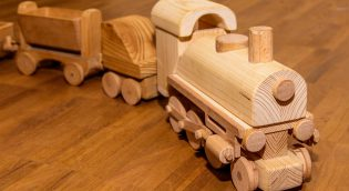 eko zabawki z drewna